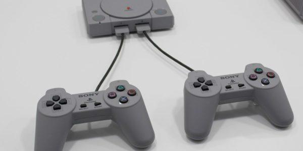 Смотрим анбоксинг PlayStation Classic (видео)