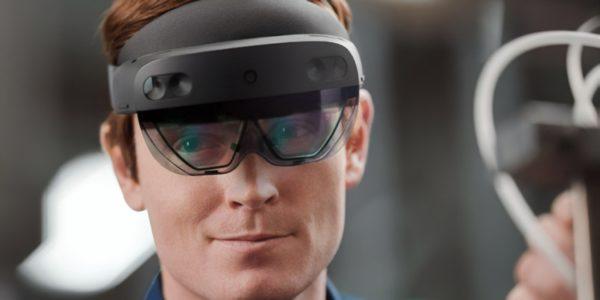Microsoft представила шлем HoloLens 2 Development Edition