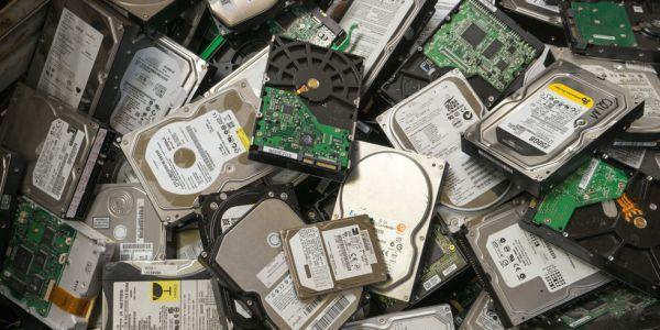 Эволюция жестких дисков: как компания IBM создала первый в мире «винт»